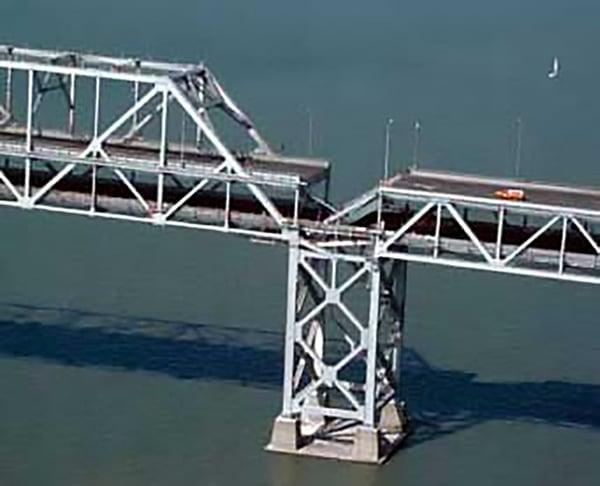 Bay_Bridge_collapse_1