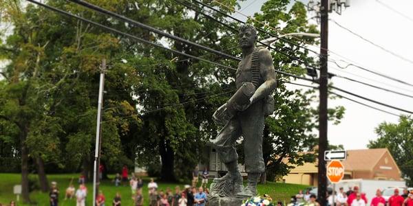 John-Basilone-Memorial-Statue