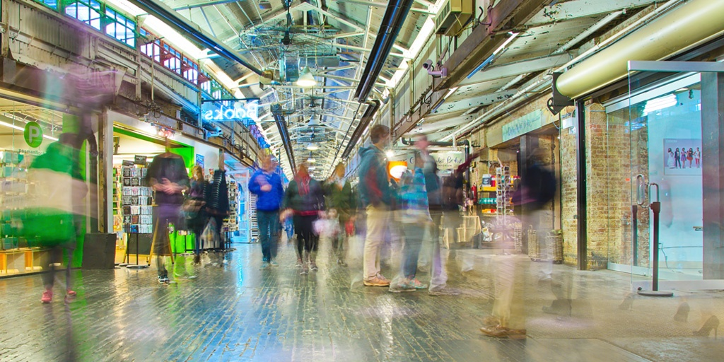 Innovations in Retail: Reinventing the Shopping Mall